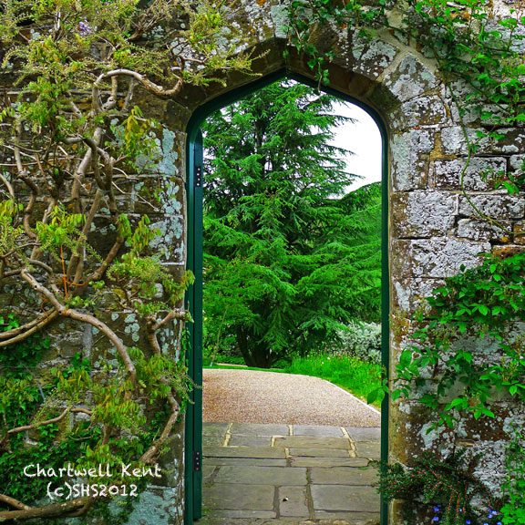 Doors chartwell kent a camera travels for Outdoor garden doors