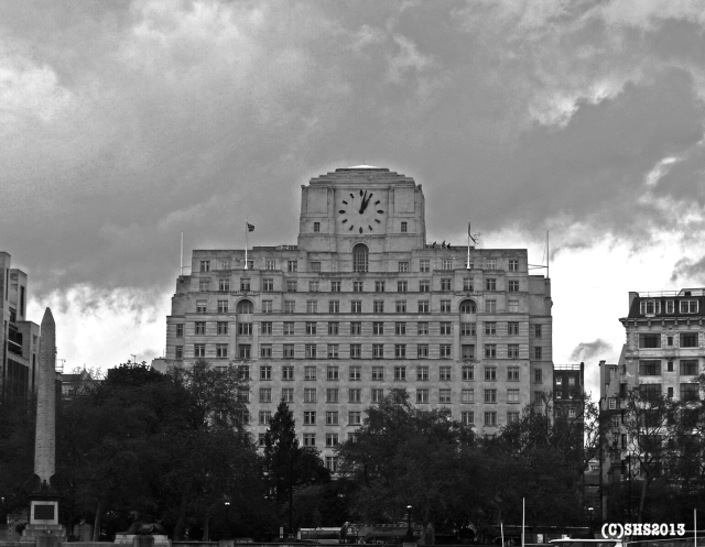 Art Deco along the river Thames