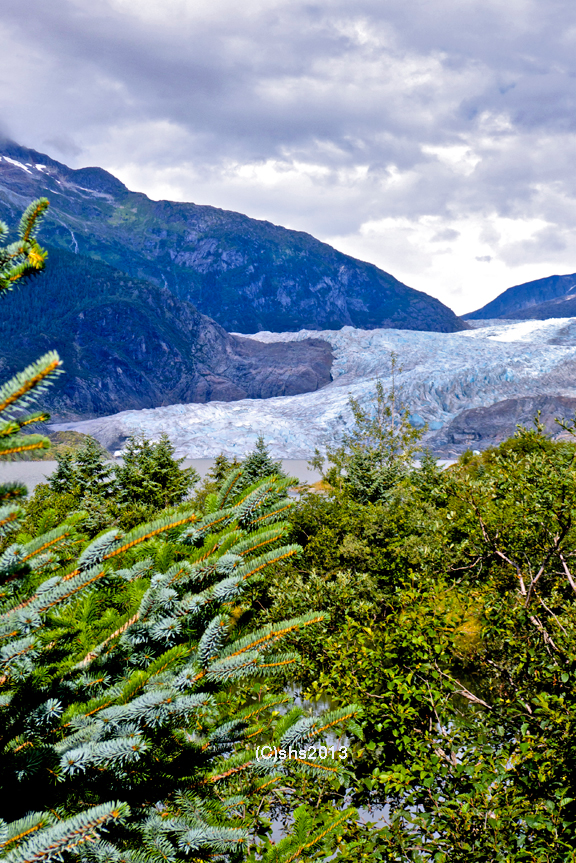 photograph of mendenhall glacier by she 2013