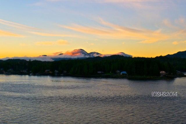 Stunning photograph of Alaskan Sunset by Susan Sheldon Nolen