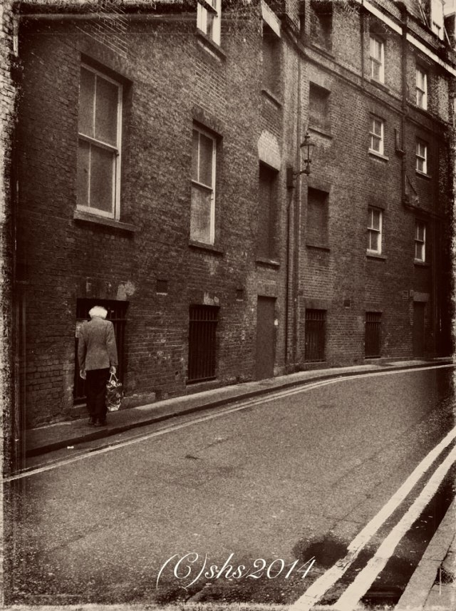 London, the Slow Walk Home photographed by Susan Sheldon Nolen