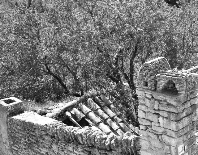 Stone houses, Gordes, France, susan sheldon nolen